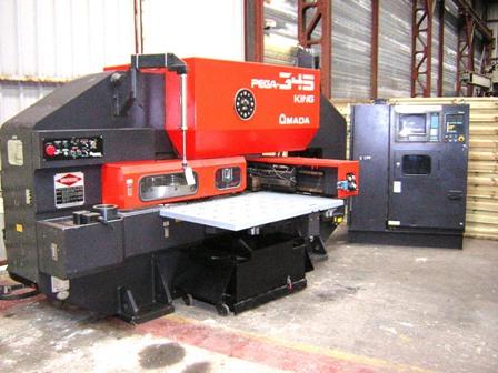 Amada Cnc Pega 345 - 30 ton - 1000 x 1270 mm Cnc punching