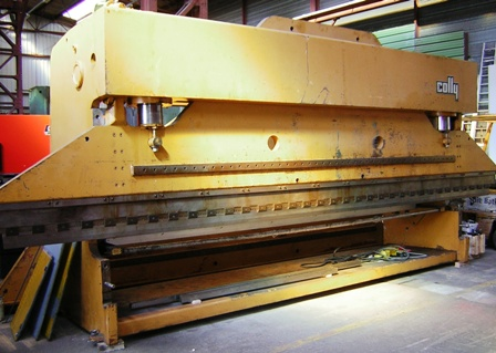 PRESSE PLIEUSE&nbsp;COLLY&nbsp;240&nbsp;Tonnes&nbsp;x&nbsp;7000&nbsp;mm&nbsp;&nbsp;