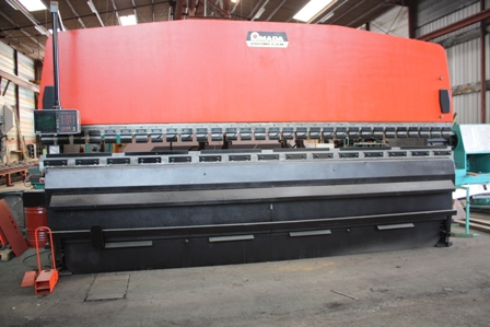 PRESSE PLIEUSE&nbsp;AMADA PROMECAM&nbsp;200&nbsp;Tonnes&nbsp;x&nbsp;6000&nbsp;mm&nbsp;&nbsp;