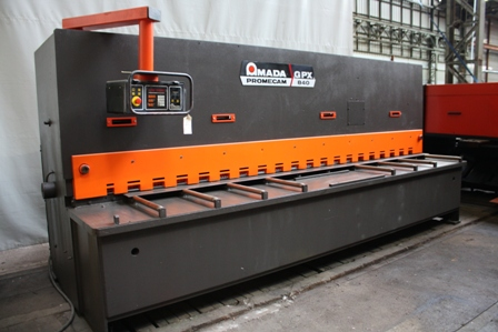 CIZALLA GUILLOTINA&nbsp;AMADA PROMECAM&nbsp;4000&nbsp;mm&nbsp;x&nbsp;8&nbsp;mm&nbsp;&nbsp;