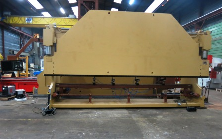 PRESSE PLIEUSE COLLY 200 Tonnes x 6000 mm