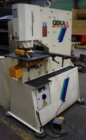 POINCONNEUSE&nbsp;GEKA&nbsp;55&nbsp;ton&nbsp;&nbsp;